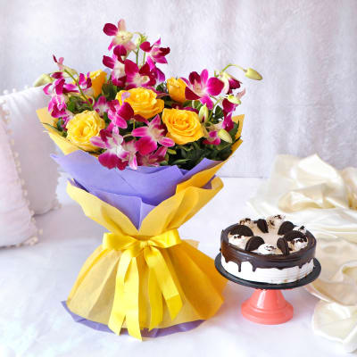 Bouquet of Purple Orchids & Yellow Roses with Oreo Cake (Eggless) (Half Kg)