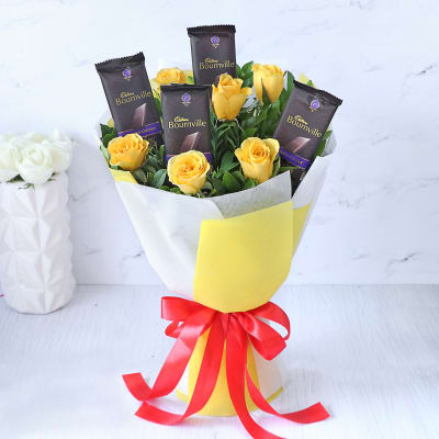 Bouquet of Yellow Roses with 4 Cadbury Bournville