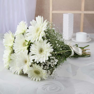 Buy white flowers bouquets and bunches online order white color bunch of 10 white gerberas mightylinksfo