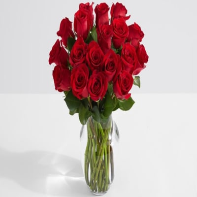 Bunch of 18 Red Roses