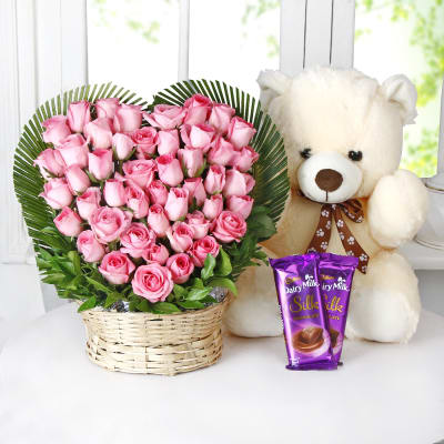 Bunch of 35 Roses in Heart Shape with Teddy and Chocolates