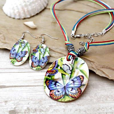 Butterfly Shell Pendant Set