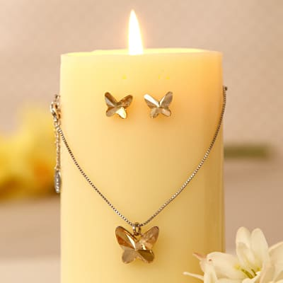 Wedding gifts for friend marriage gifts for best friends igp butterfly swaroskvi pendant set negle Image collections