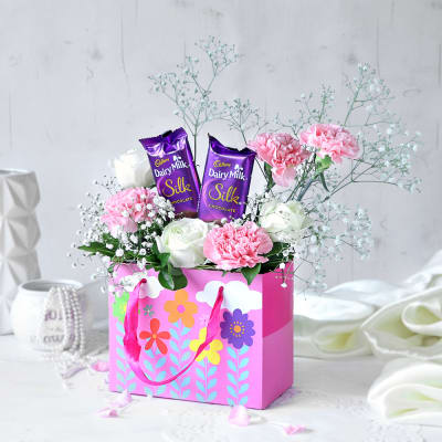Carnations With Chocolate Gift Hamper