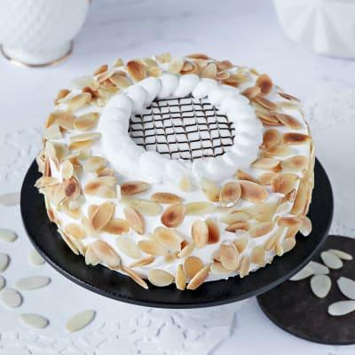 Celestial Vanilla Almond Cake (Half Kg)