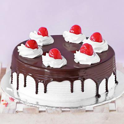 Cherry Black Forest Cake (Half kg)