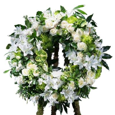 Classic white wreath