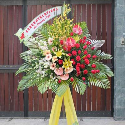 Congratulations standing arrangement