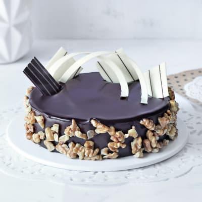 Crunchy Chocolate Walnut Cake (Half Kg)