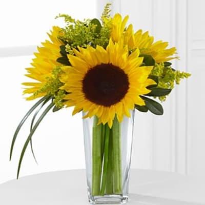 D9-4910 FTD® Sunshine Daydream™ Bouquet