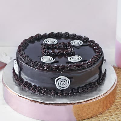 Delicious Chocolate Cake (Half Kg)