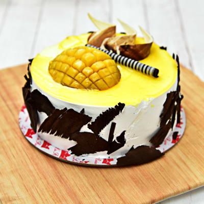 Delicious Mango Cream Cake Half Kg
