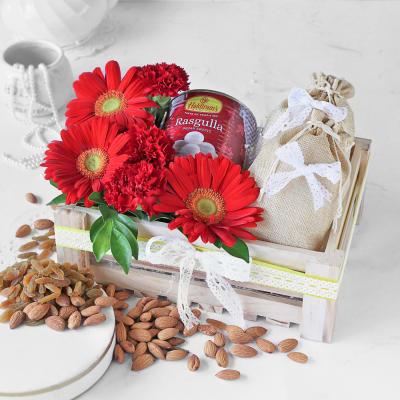 Delightful Gift Hamper With Rasgulla & Dry Fruits