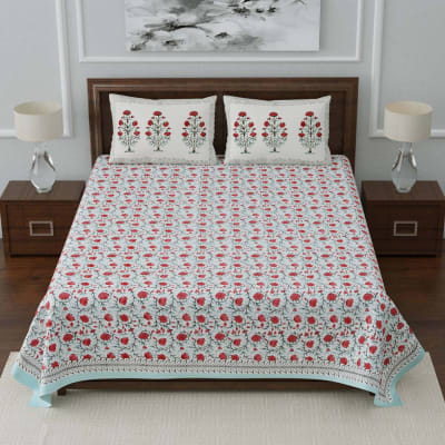Designer Bedsheet with Pillow Covers in Floral Print