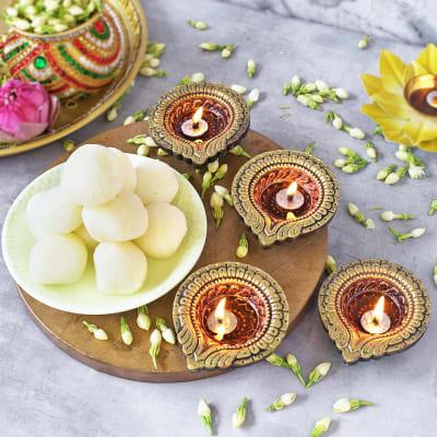 Diwali Diya set with Rasgulla