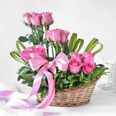 Elegant 18 Blush Pink Roses in Basket
