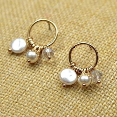 Elegant Pearl and Crystal Beads Earrings