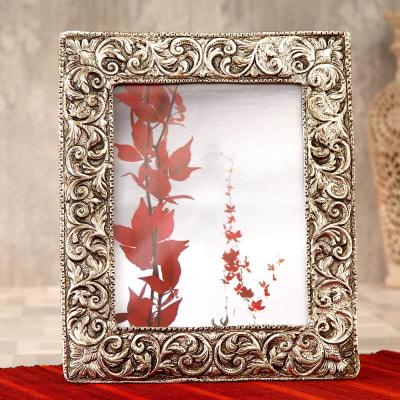 Elegant White Metal Photo Frame