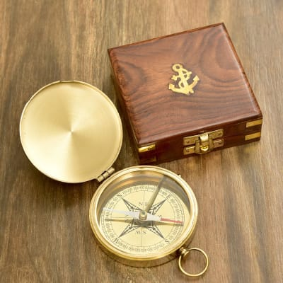 Engraved Robert Frost Poem Solid Brass Sundial Marine Compass In Sheesham Box