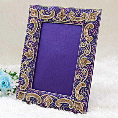 Photo Frames: Buy, Send Photo Frames Online India - IGP.com