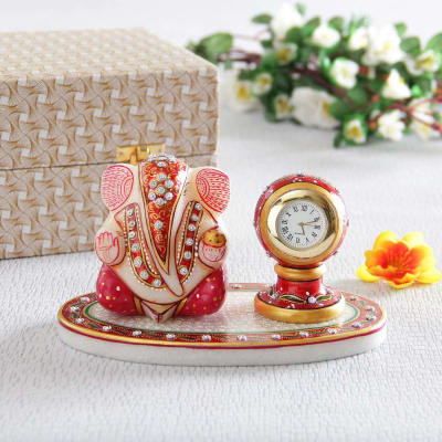 Exquisitely Crafted Marble Table Clock