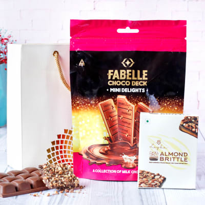 Fabelle Mini Delight & Almond Brittle Cookie in Gift Bag