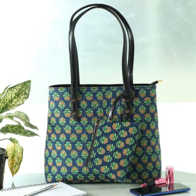 Floral Print Designer Handbag with Zipper Pouch