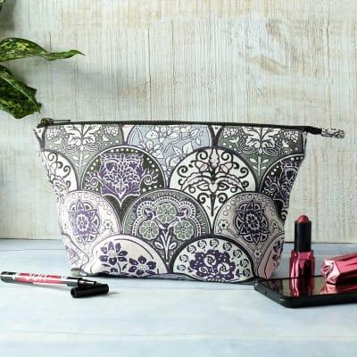 Floral Print Stylish Pouch Bag