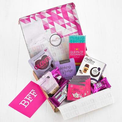 GIRLIE BOX