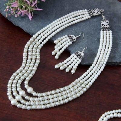 Gorgeous Royal White Pearl Set