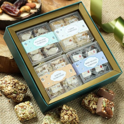 Hamper of Mix Flavoured Dry Fruit Sweets in Tray