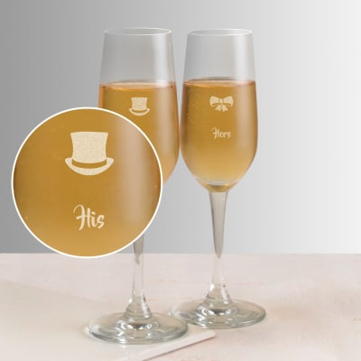 Hat & Bow Personalized Set of Two Champagne Glasses