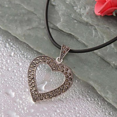 Heart Shape 92.5 Sterling Silver CZ Embellished Pendant Necklace