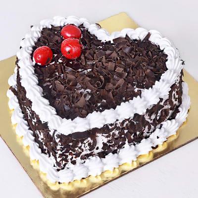 Heart shaped Black Forest Cake (1 kg)