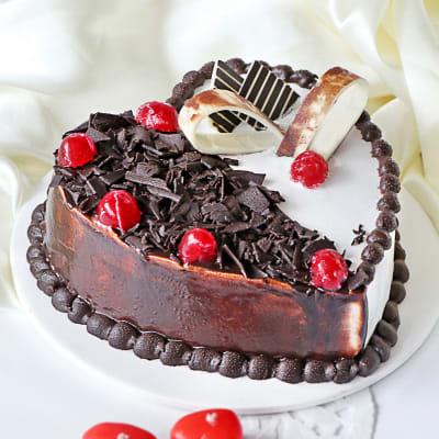 Heart-shaped Black Forest Vanilla Cake (Half Kg)