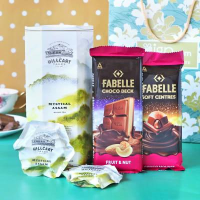 Herbal Tea & Premium Chocolates Hamper in Gift Bag