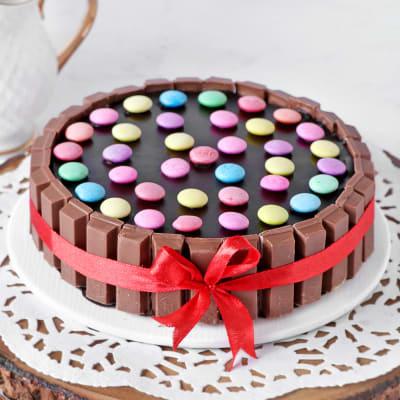 Kit Kat Cake (Half Kg)