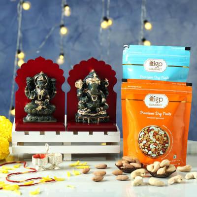 Laxmi Ganesha Idols with Roasted Dry Fruits Hamper