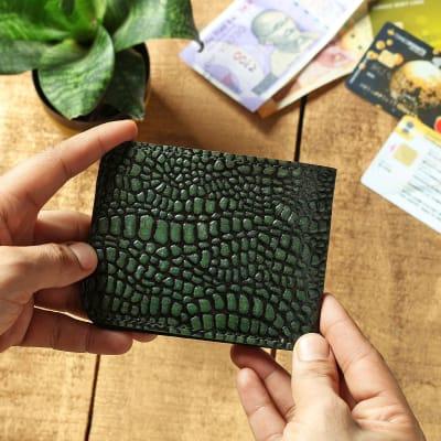 Leaf Green Croc Embossed Men's Leather Wallet