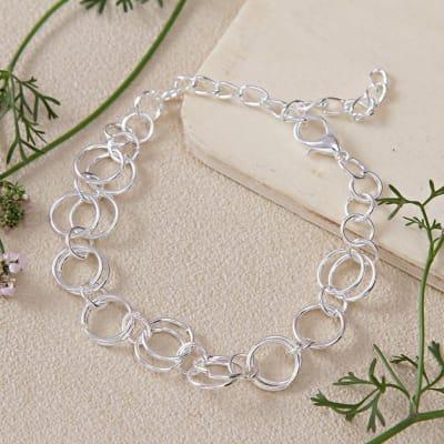 Linked Chain Bracelet In Silver Tone