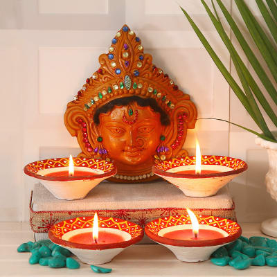 Maa Durga Face Idol with Traditional Painted Clay Diyas