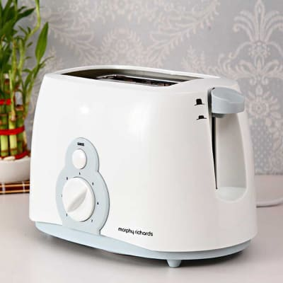 Morphy Richards Slice Pop up Toaster AT 202