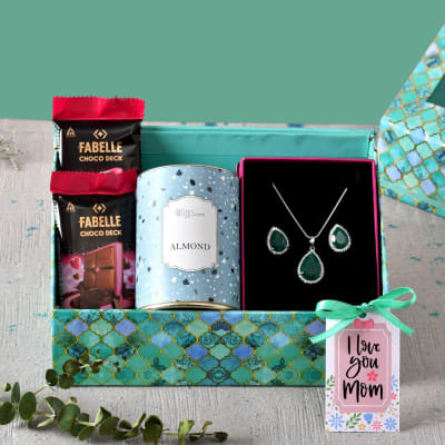 Mother's Day Hamper in Gift Box