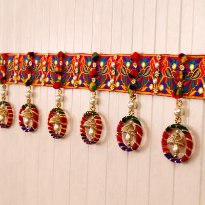 Multi Colored Traditional Bandhanwar Gift Send Diwali