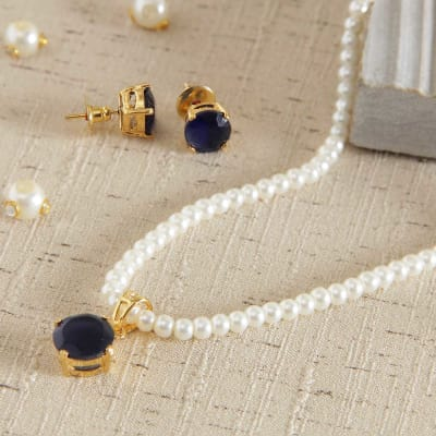 Necklace & Earrings with Pearls and Semi Precious Stones