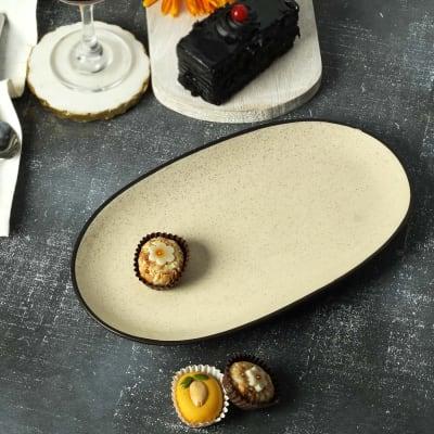 Oval Ceramic Plate in Terrazzo Texture