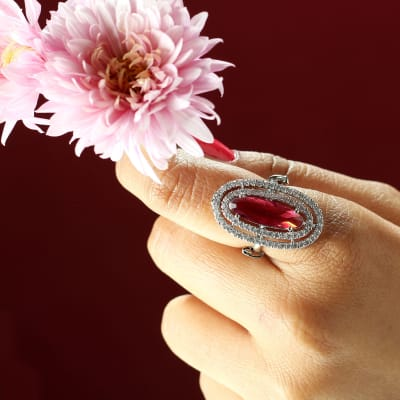 Oval Shaped Silver-plated Ring with Monalisa Stone