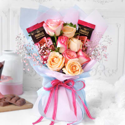 Peach Roses & Premium Fabelle Chocolate Bar Bouquet