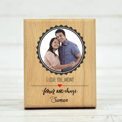 Personalized Awesome Wooden Plaque for Mom (5 x 4 Inches)