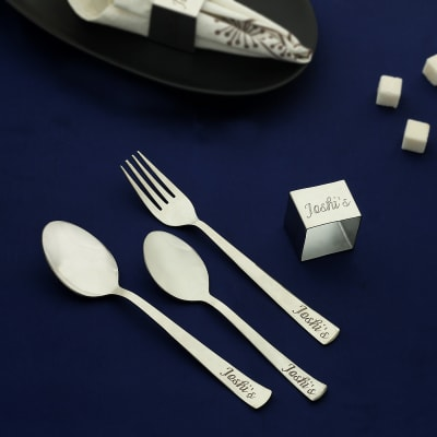 Personalized Gleaming Silver Cutlery Set (Set of 4)